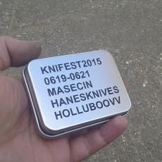 Hanes Knives: Krabička